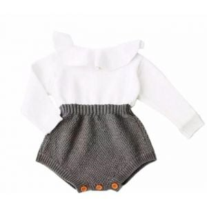 Warm & delicate knitted outfit grey