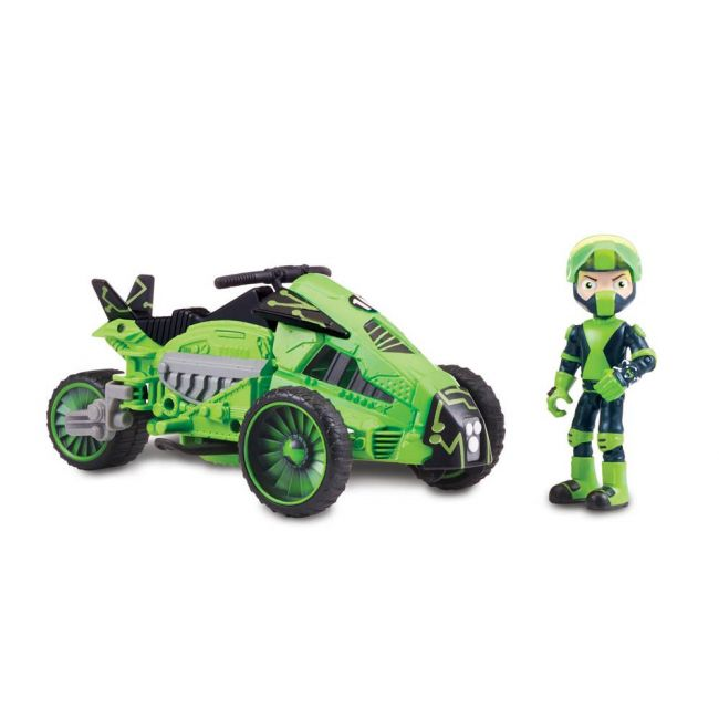 Ben 10 - Transforming Vehicle With Figure