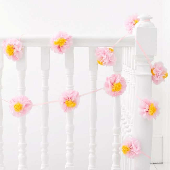 Talking Tables Flower Pom Pom Garland