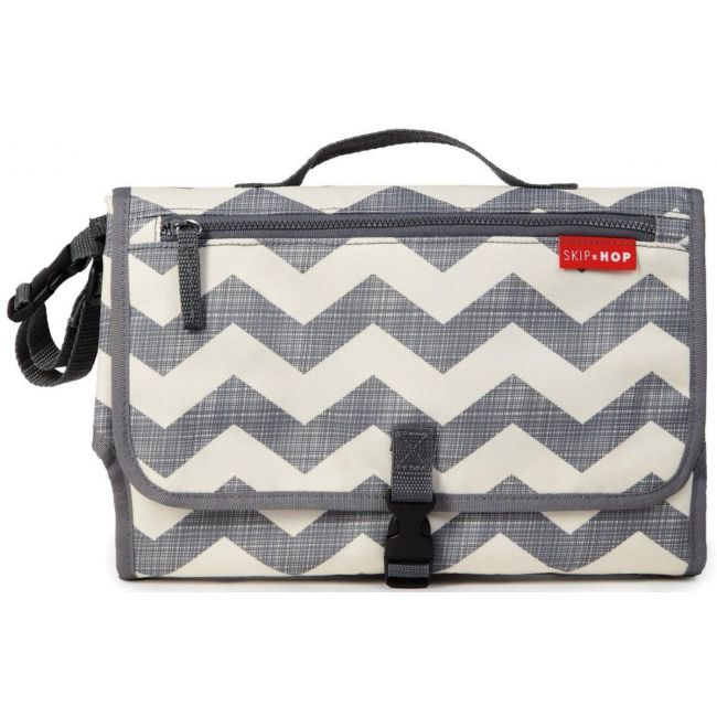 Skip Hop White/Grrey Pronto Changing Station Chevron